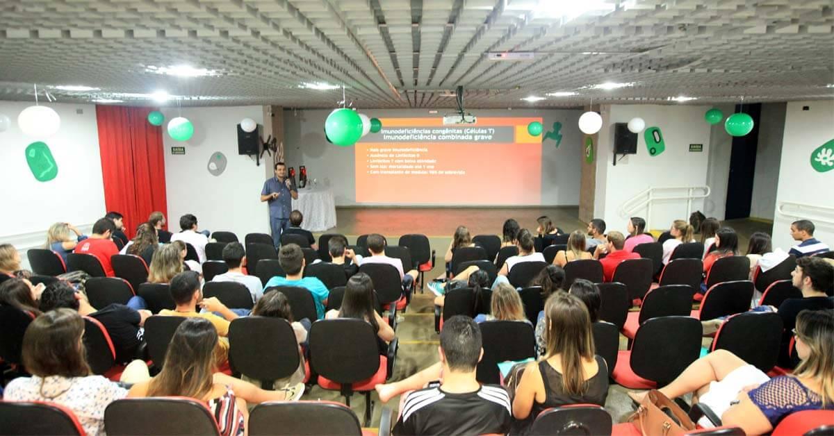 Faceres realizou noite de especialidades no dia 22 de agosto