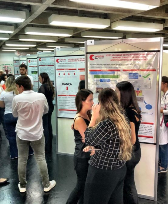 Evento reúne projetos de Pesquisa do curso de medicina FACERES